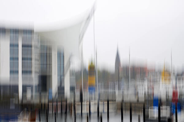V wie verwackelt (Hafen von Eckernförde)