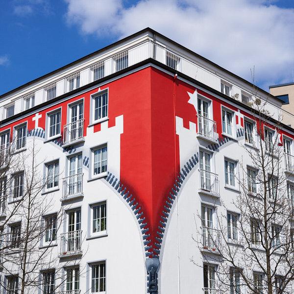 X wie XXL-Reißverschluss (Häuserfront in St. Georg, Hamburg)