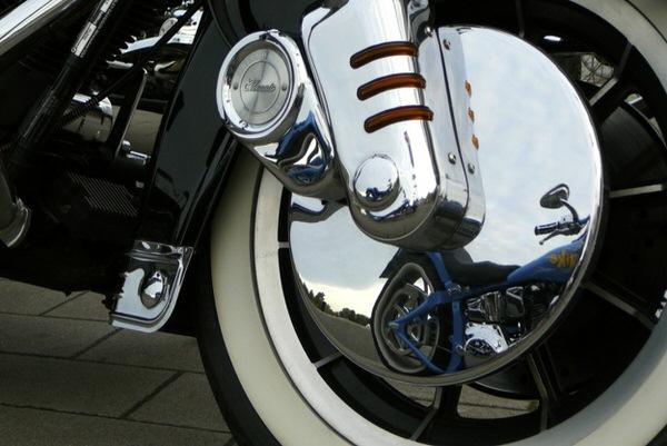 Verchromtes Motorrad