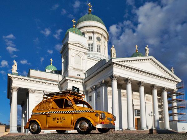 Taxi zum Dom von Helsinki, Finnland