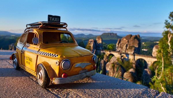 Taxi zur Basteibrücke, Rathen, Deutschland