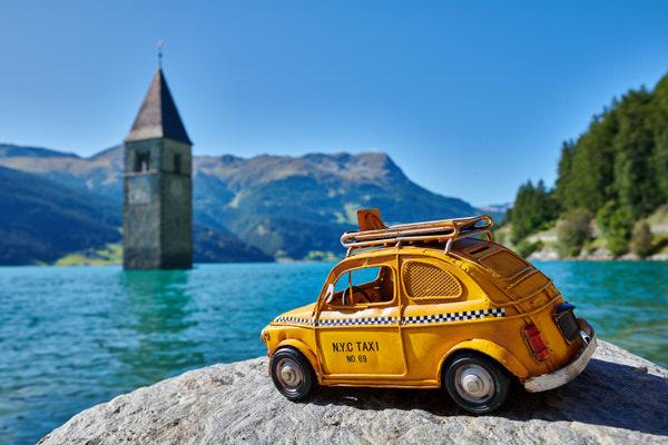 Taxi zum Reschensee, Graun, Italien